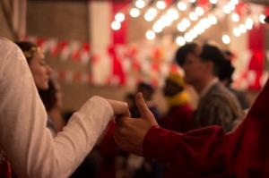 … endlich reichen wir sie euch: Die Fotos vom Tanzball